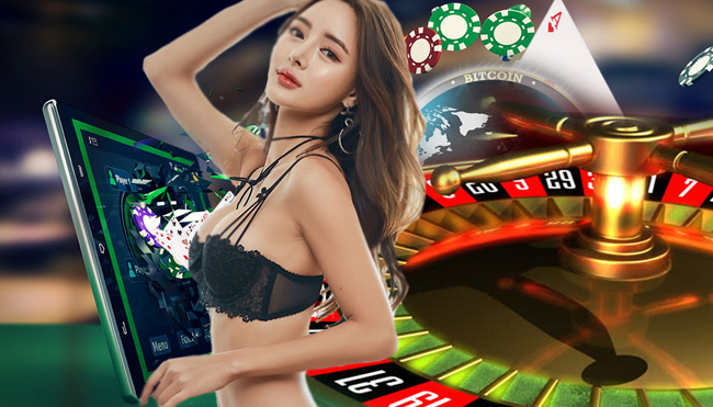 Online Poker with Different Types of Games